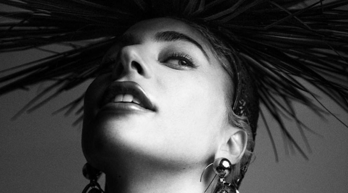 Lady Gaga To Cover October Issue Of American Vogue