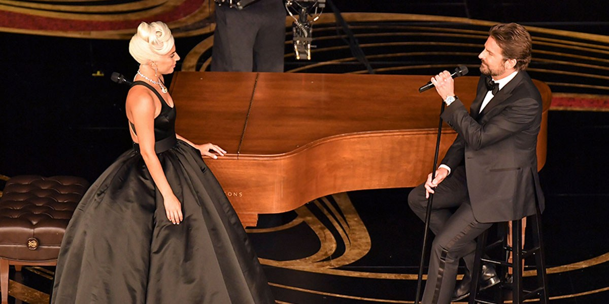 Lady Gaga and Bradley Cooper Perform 'Shallow' At Oscars